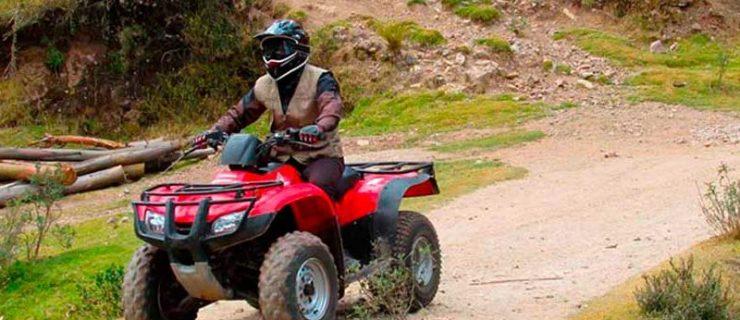 Paseo-por-Maras-en-Tour-cuatrimotos-en-Cusco-4-800x600