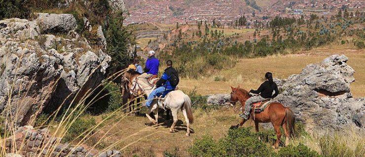 Cusco-Horse-Riding-Half-day-800