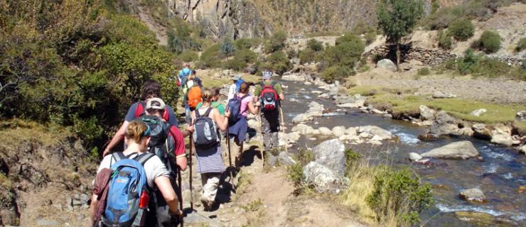caminatas-cusco-lares-terra-trek-peru1-1