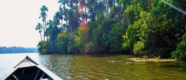 lago-sandoval-puerto-maldonado1-800x600