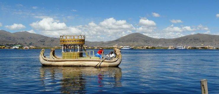 tour-lago-titicaca-uros-amantani-y-taquile-totora-800x600